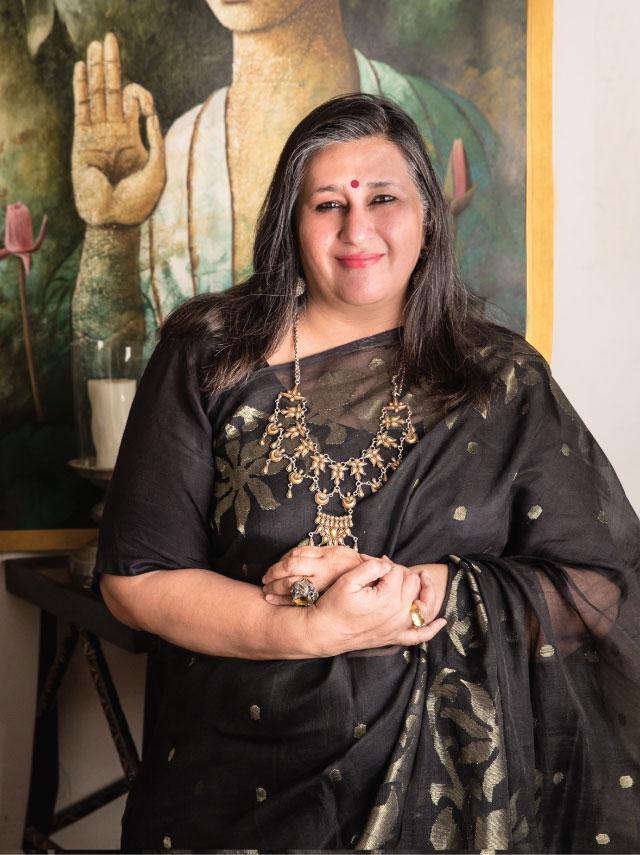 Mrs.-Anshu-Khanna-(-Co-Producer---BOLLYGOODS-)-_-Image